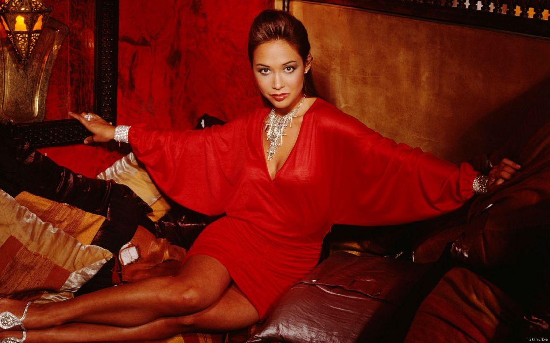 myleene klass singer pianist media-personality model women brunette   t wallpaper