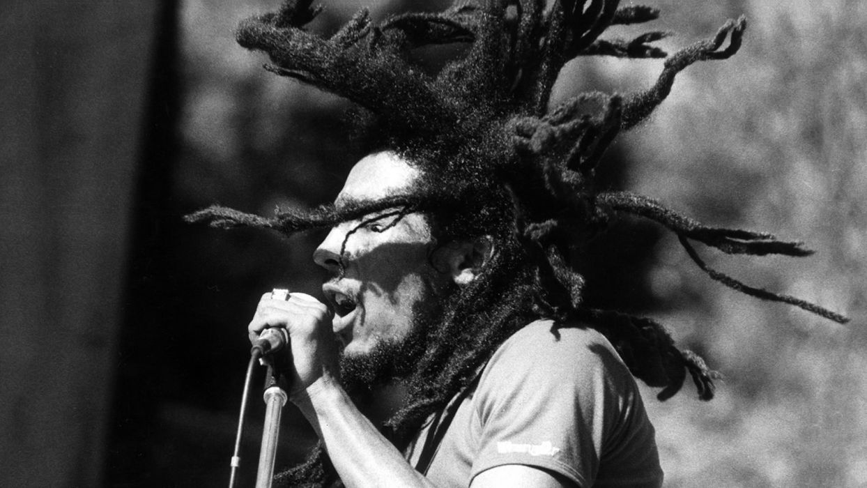 BOB MARLEY & THE WAILERS reggae microphone concert concerts wallpaper