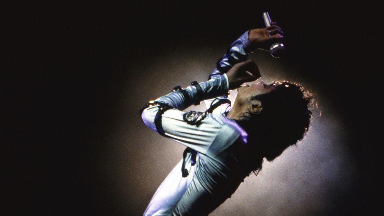 MICHAEL JACKSON r-b pop dance microphone concert concerts  t wallpaper
