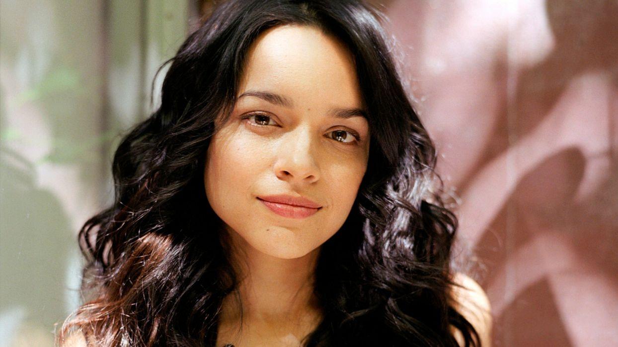 NORAH JONES contemporary vocal jazz folk country roots lo-fi rock actress   f wallpaper