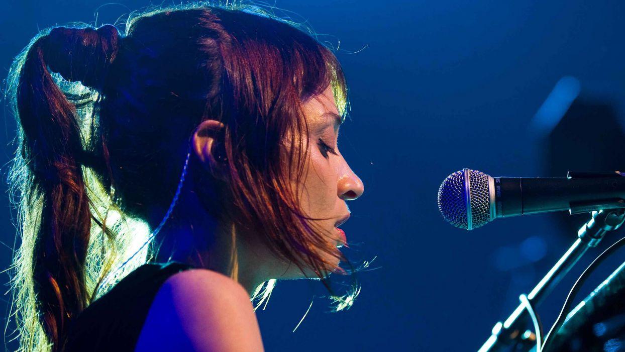 FIONA APPLE piano rock baroque pop jazz alternative experimental microphone concert concerts wallpaper