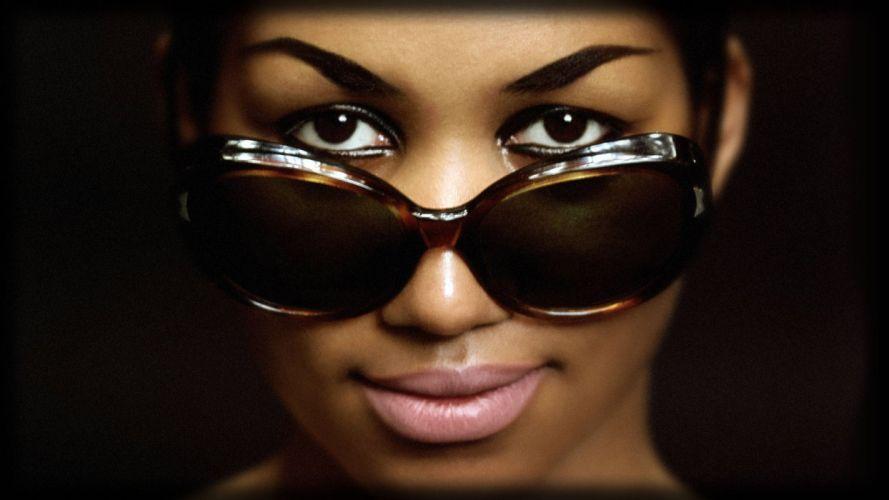 ARETHA FRANKLIN r-b soul glasses sunglasses wallpaper
