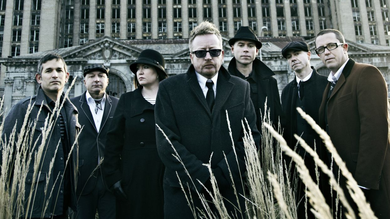 FLOGGING MOLLY celtic folk punk rock     d wallpaper