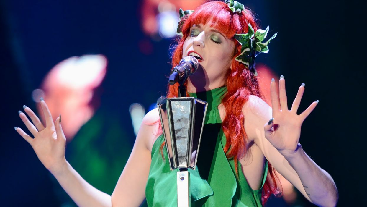 FLORENCE AND THE MACHINE indie rock concert concerts microphone  r wallpaper