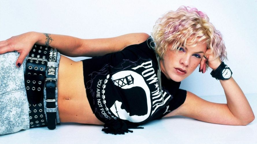 PINK Alecia Beth Moore pop rock punk r-b c wallpaper