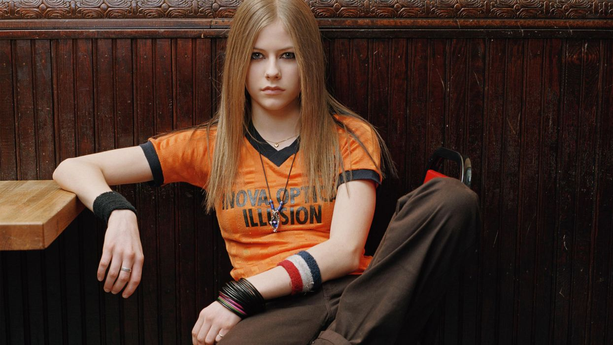 AVRIL LAVIGNE pop pop-punk pop-rock   fs wallpaper