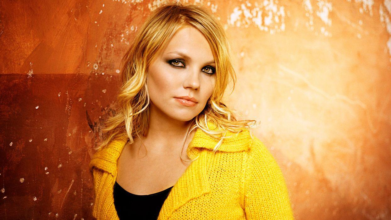 LENE MARLIN acoustic pop    g wallpaper