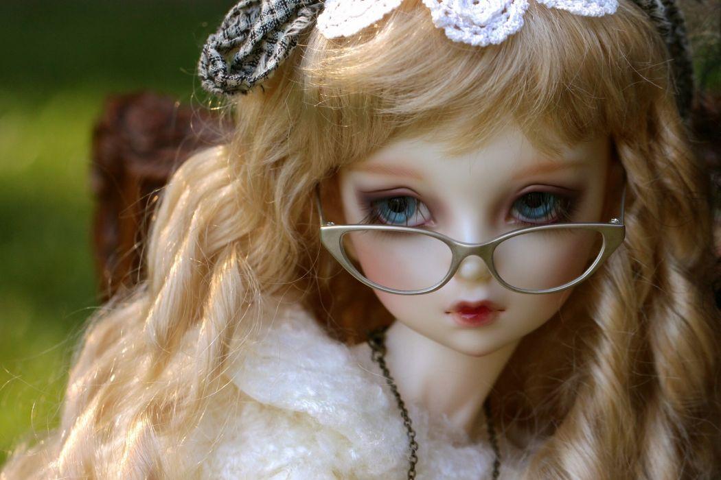Toys Glasses Doll Hair Blonde girl Glance wallpaper