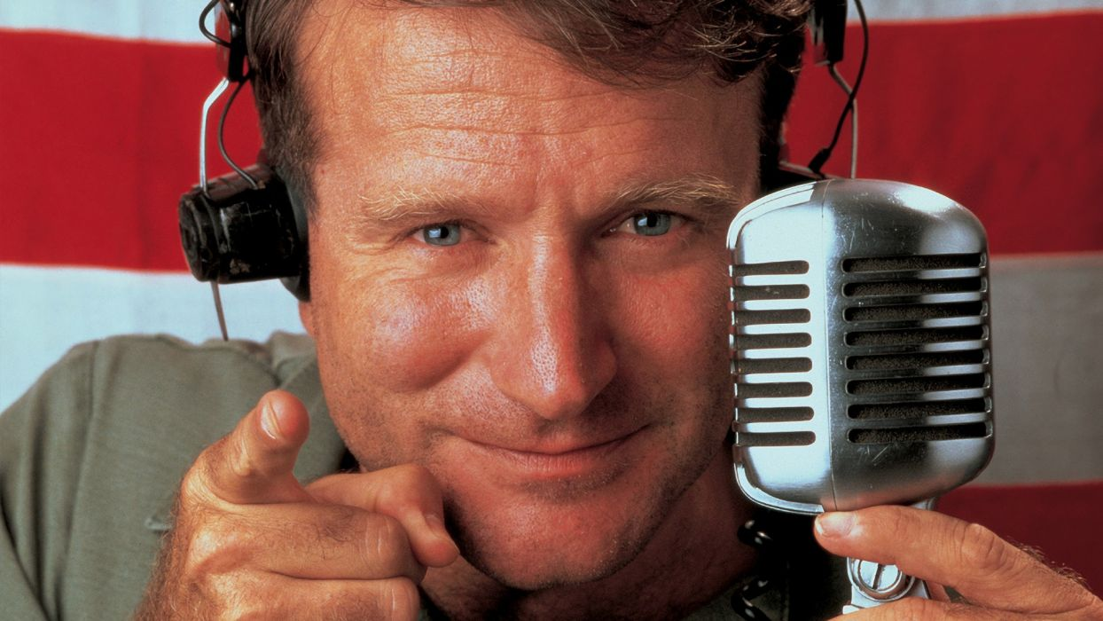 GOOD MORNING VIETNAM microphone wallpaper