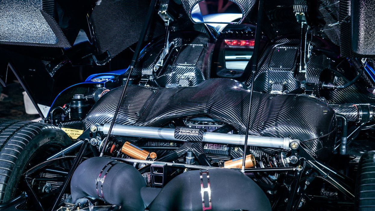 Agera Koenigsegg engine engines supercar supercars ...