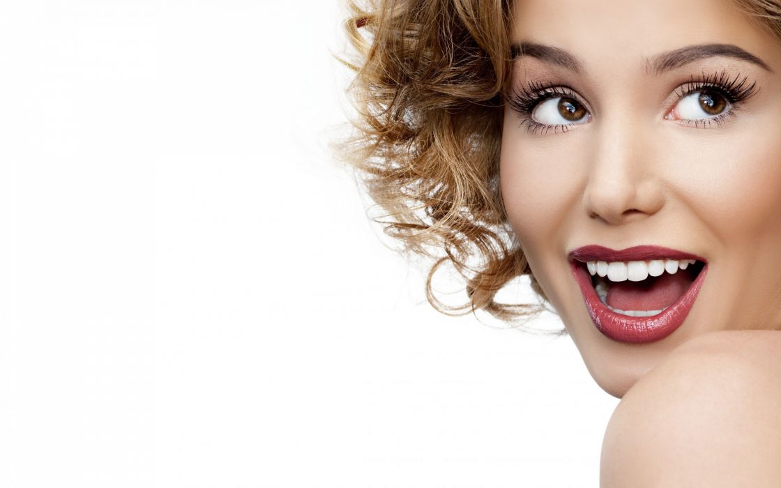 Woman Face wallpaper