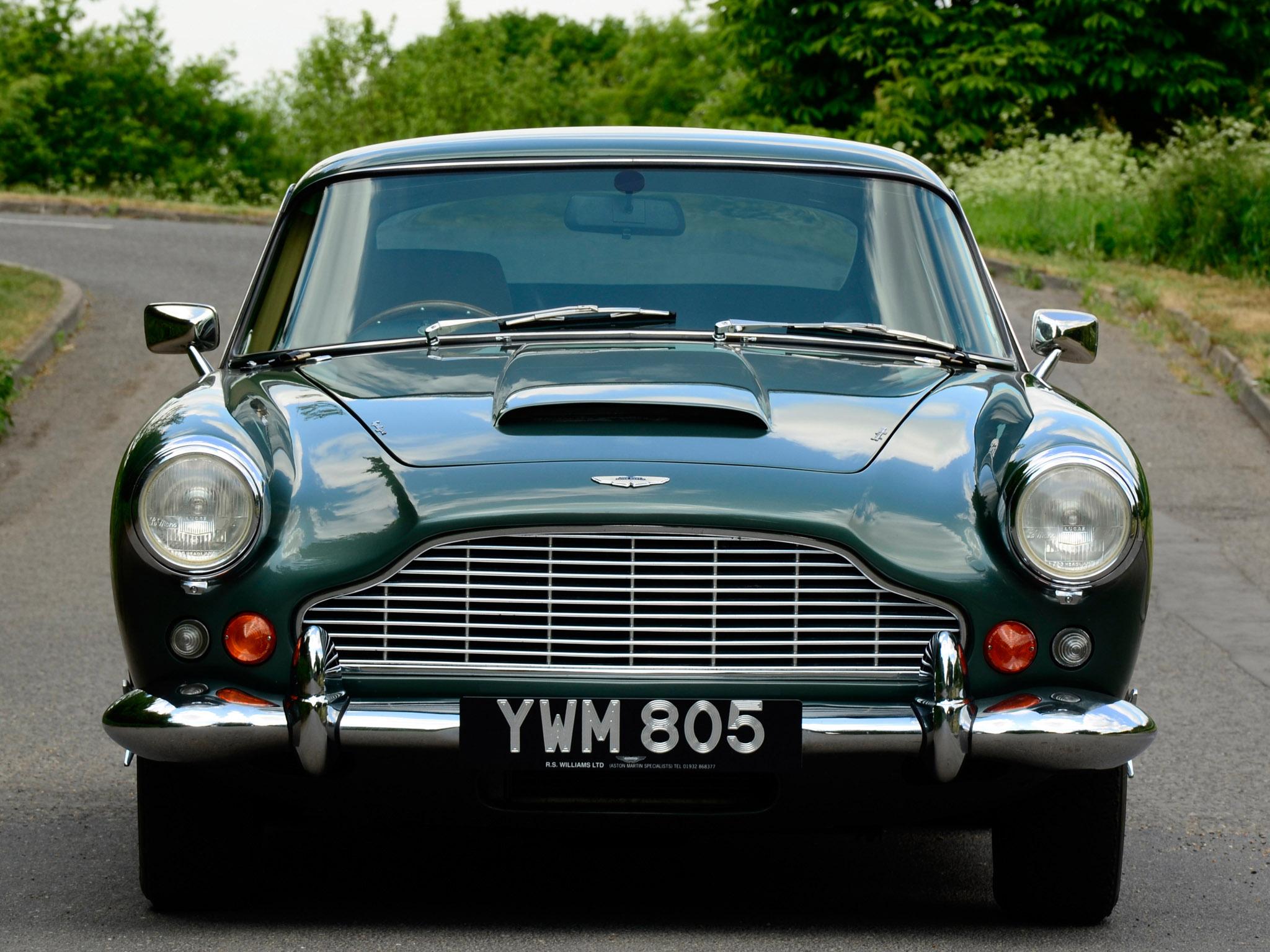 Aston Martin Db4 Uk Spec Wallpapers Car Wallpapers Hd - 1964 aston martin db4 series iv classic d wallpaper 2048x1536 104305 wallpaperup