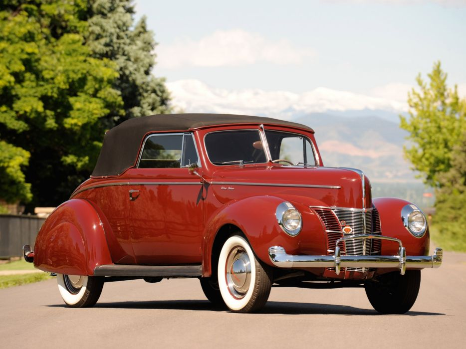 1940 Ford Deluxe Convertible Coupe retro wallpaper