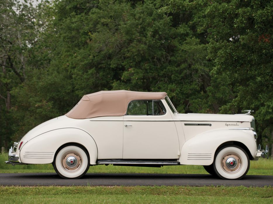 1941 Packard 110 Deluxe Convertible retro luxury q wallpaper