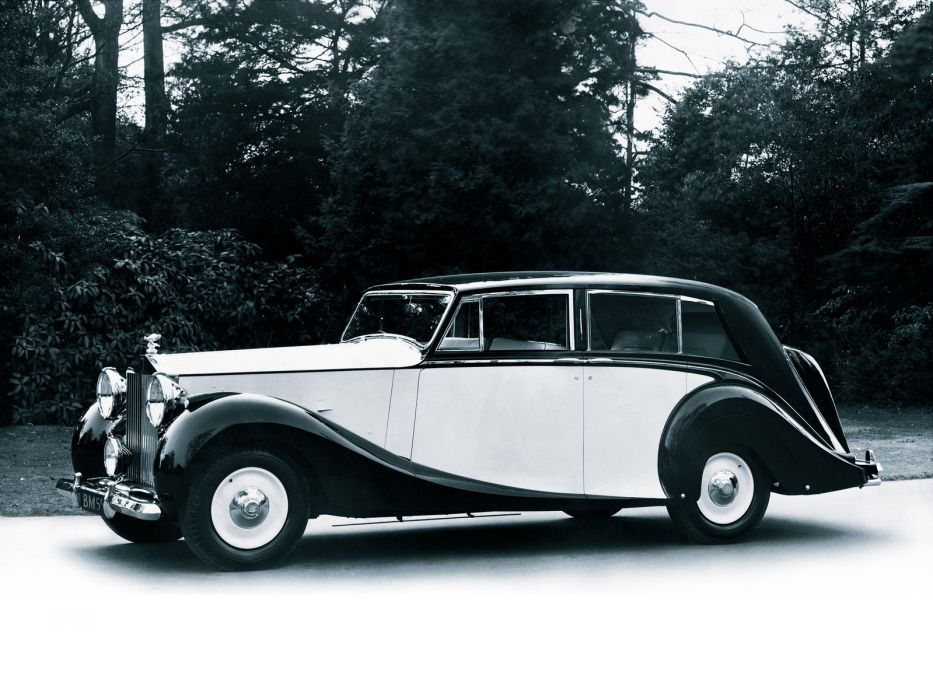 1947 Rolls Royce Silver Wraith retro luxury wallpaper