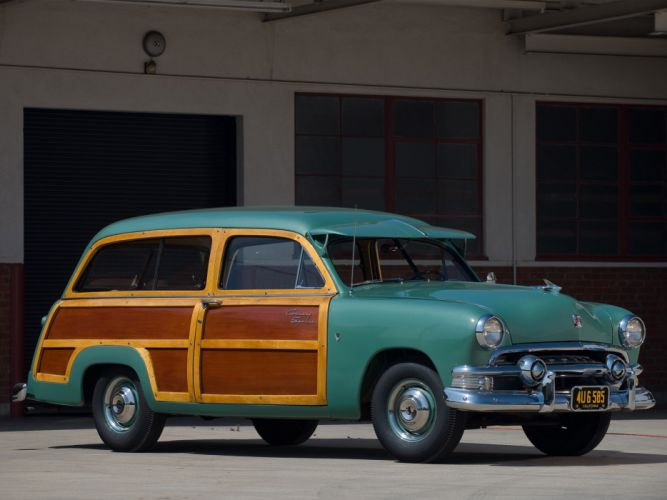 1951 Ford Country Squire stationwagon retro wallpaper