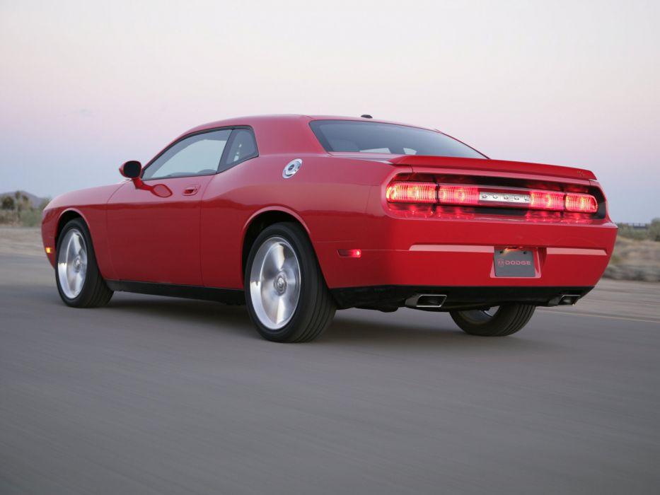 2008 Dodge Challenger R-T muscle f wallpaper