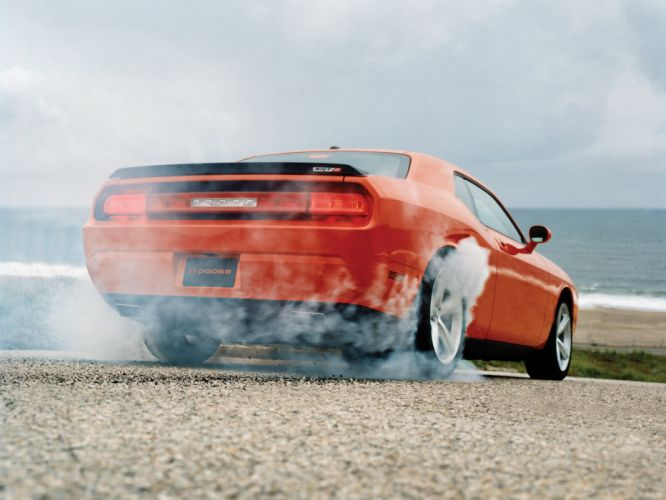 2008 Dodge Challenger SRT-8 muscle burnout smoke s wallpaper
