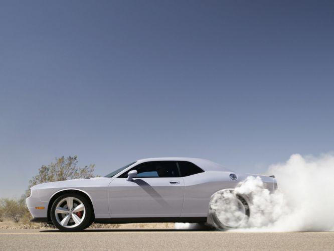 2008 Dodge Challenger SRT-8 muscle burnout smoke r wallpaper