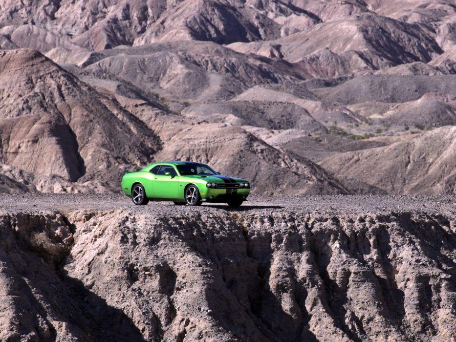 2011 Dodge Challenger SRT8 392 muscle    d wallpaper