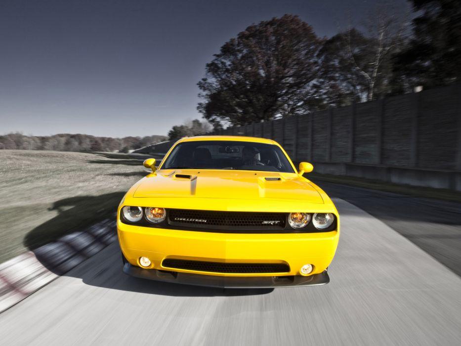 2011 Dodge Challenger SRT8 392 Yellow Jacket muscle    d wallpaper