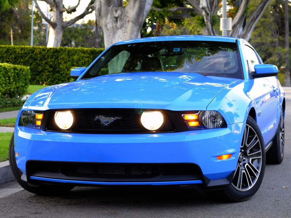 2010 Ford Mustang muscle wallpaper