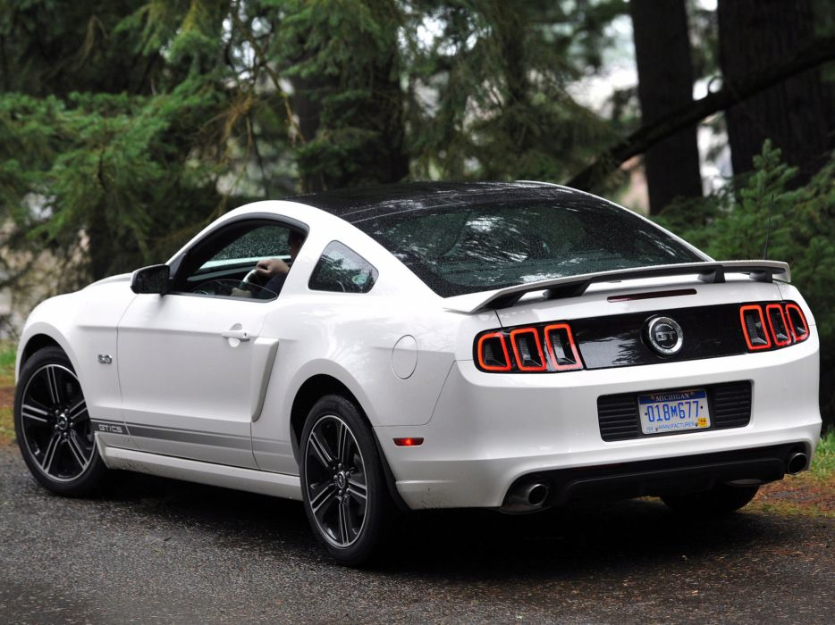 2013 Ford Mustang 5_0 G-T California muscle wallpaper