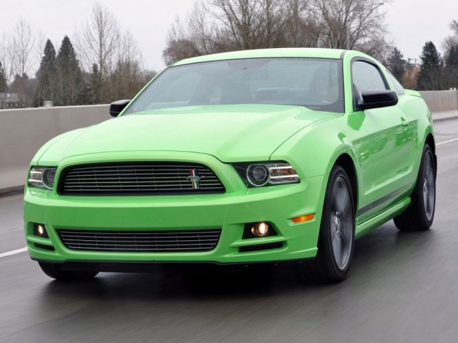 2013 Ford Mustang muscle f wallpaper