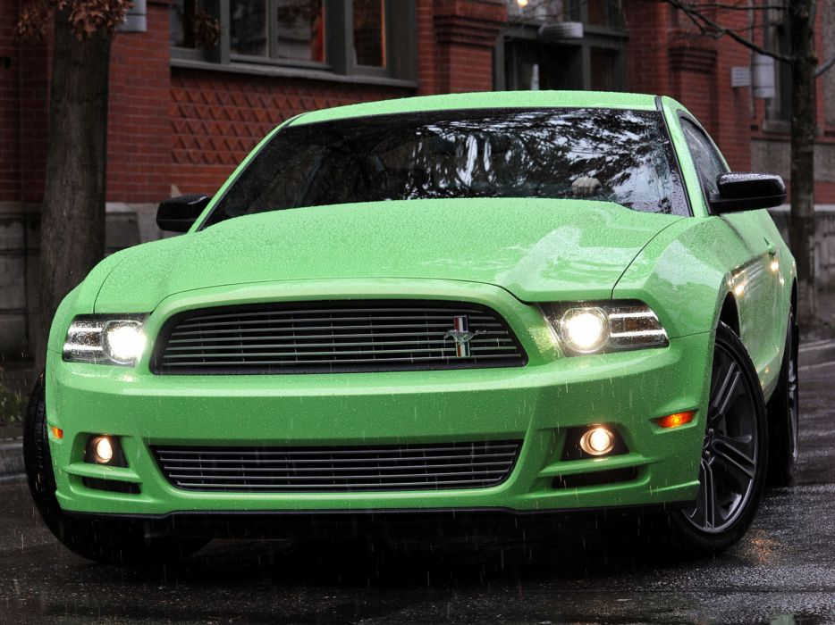 2013 Ford Mustang muscle wallpaper