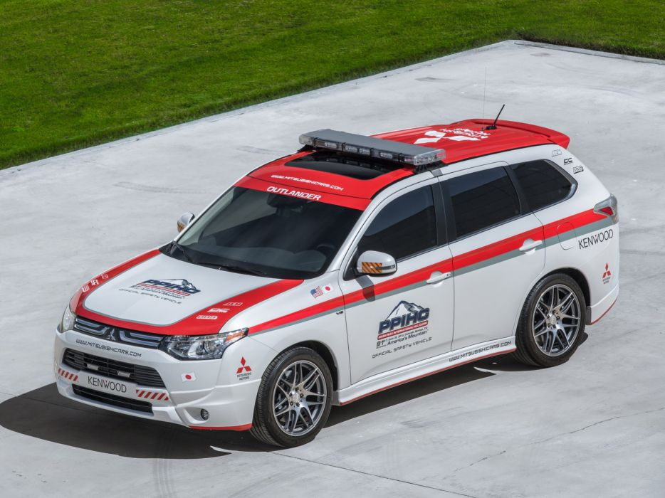 2013 Mitsubishi Outlander G-T Pikes Peak Safety suv race racing       f wallpaper