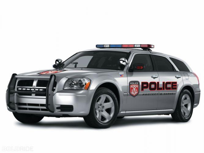 2006 Dodge Magnum Police stationwagon muscle wallpaper