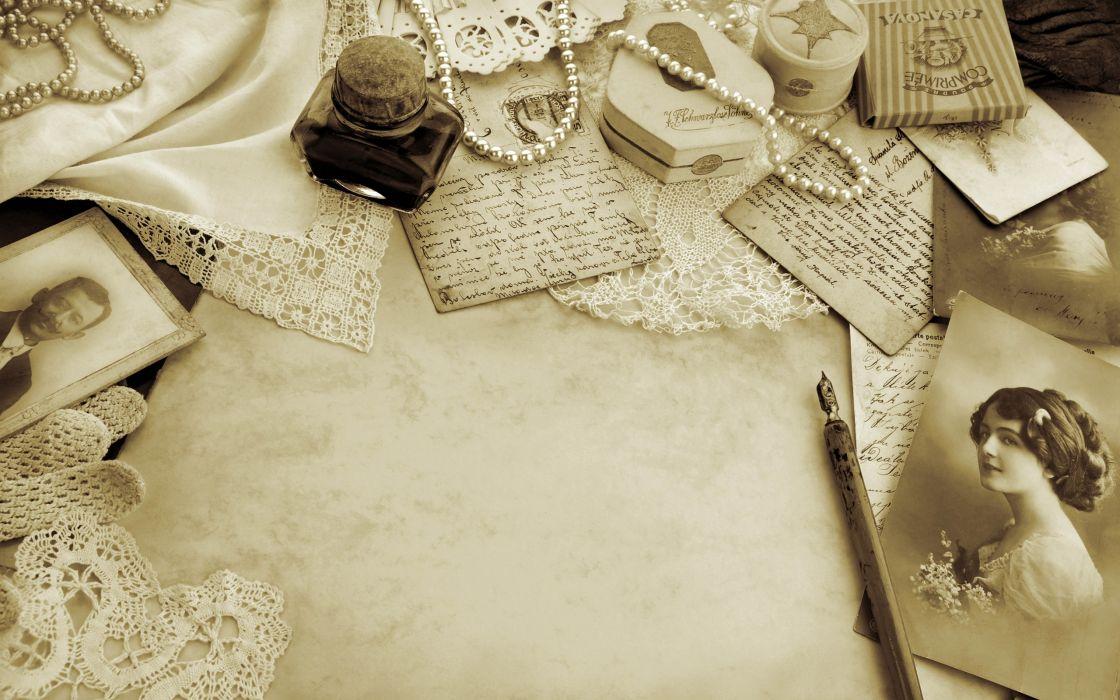 Photo Letter Pearls Vintage Style Retro Bokeh Mood Wallpaper