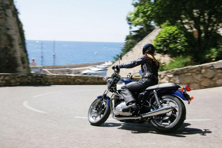2009 Triumph Bonneville S-E bike f wallpaper