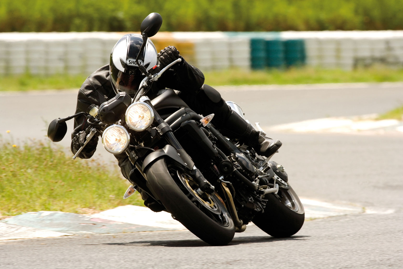 2009 triumph speed triple j wallpaper | 1680x1120 | 111047 | wallpaperup