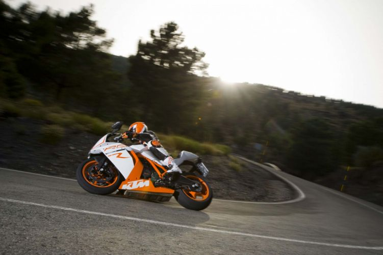 2011 KTM 1190 RC8R g wallpaper