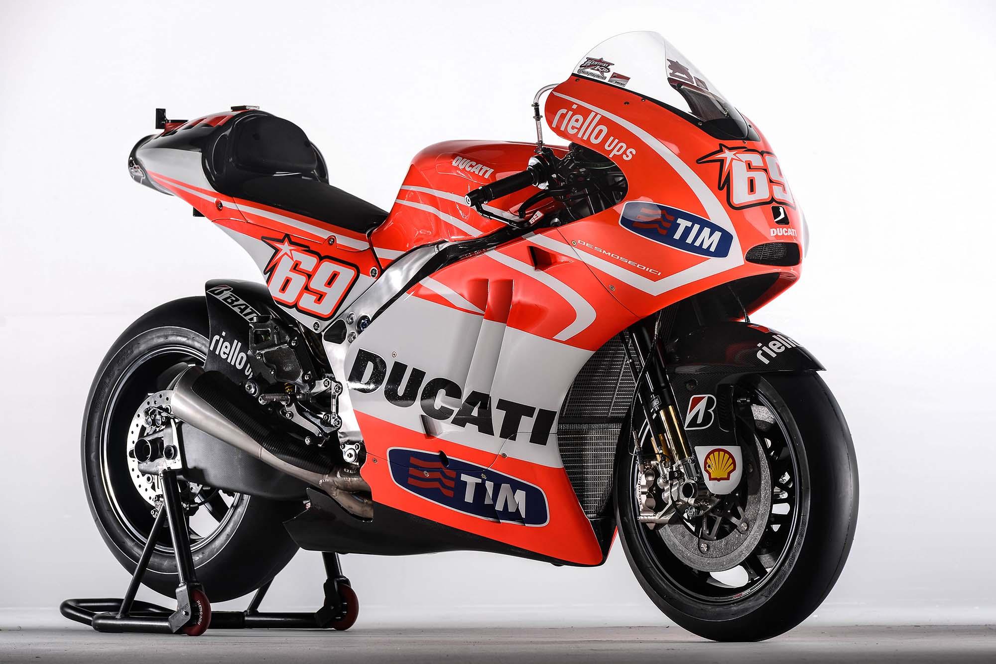 Ducati Race Wallpaper race racing d wallpaper