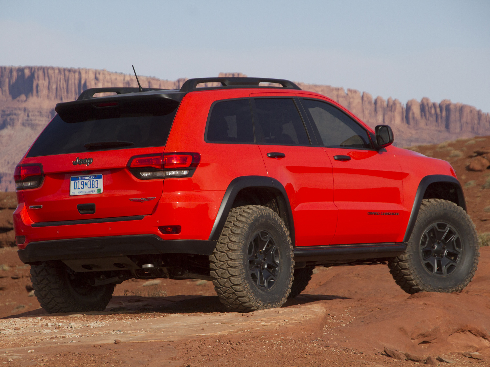 2013 jeep grand cherokee trailhawk offroad 4x4 concept d wallpaper 2048x1536 112319. Black Bedroom Furniture Sets. Home Design Ideas
