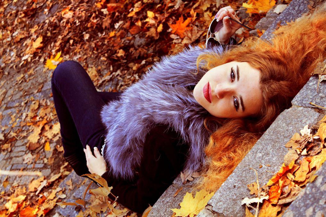 Redheads  HAIR  LOOK  STEPS  LEAVES  FALL  FOLIAGE autumn mood wallpaper