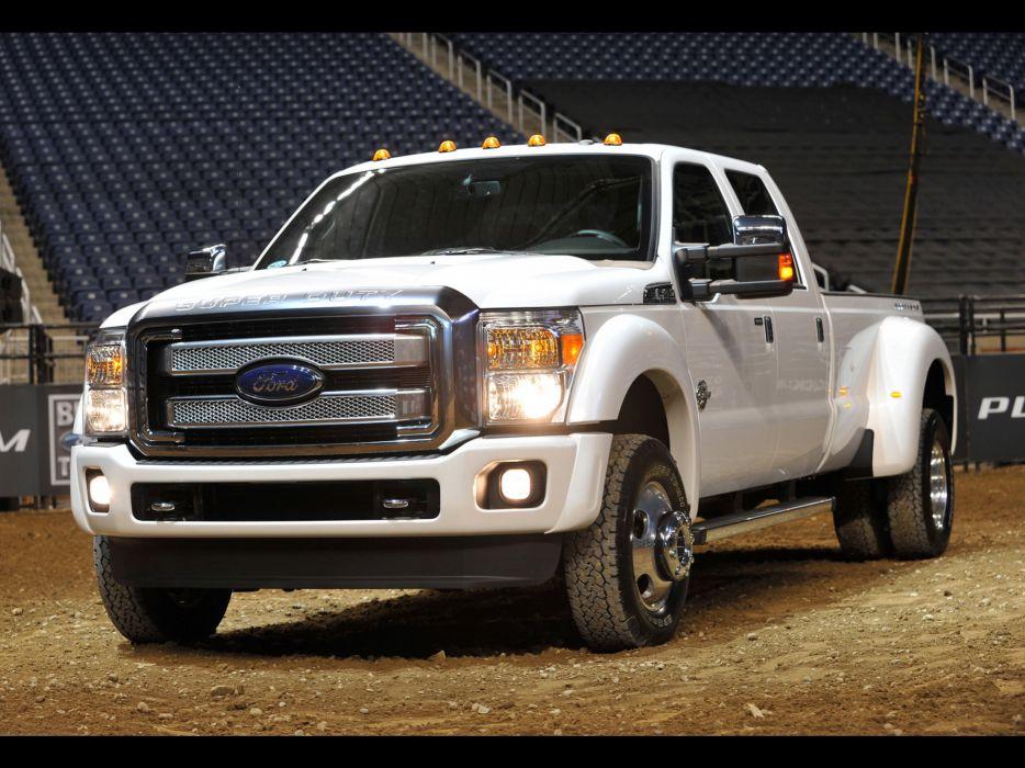2013 Ford F-Series Super Duty Platinum pickup truck 4x4 v wallpaper