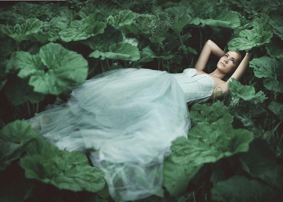 mood fantasy dream gown girl girls women bokeh leaves wallpaper