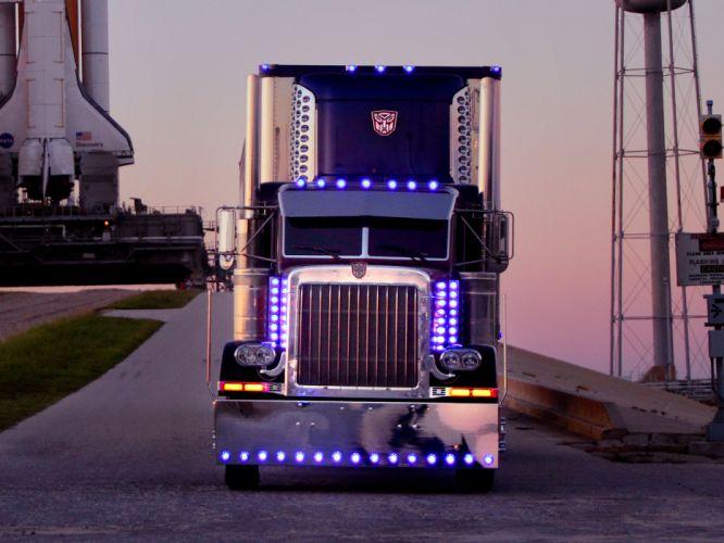 2007 Peterbilt 359 Optimus Prime transformers semi tractor rig wallpaper