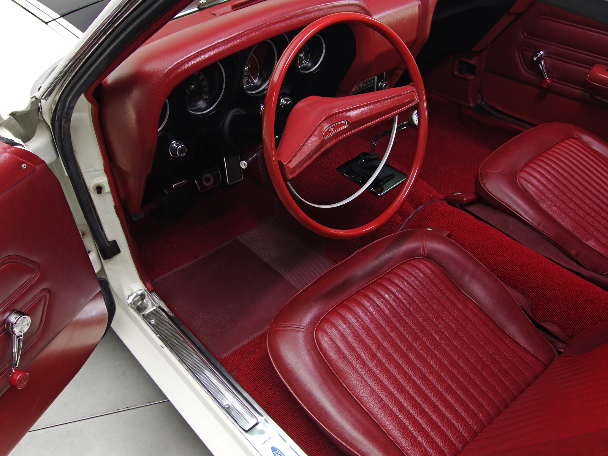 1969 ford mustang boss 302 muscle classic interior wallpaper 2048x1536 114841 wallpaperup - 1969 Ford Mustang Interior