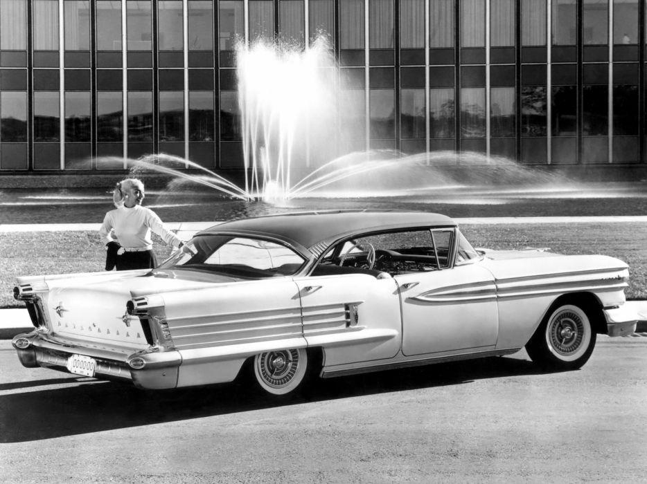 1958 Oldsmobile Super-88 Holiday Sedan 3639SD retro wallpaper