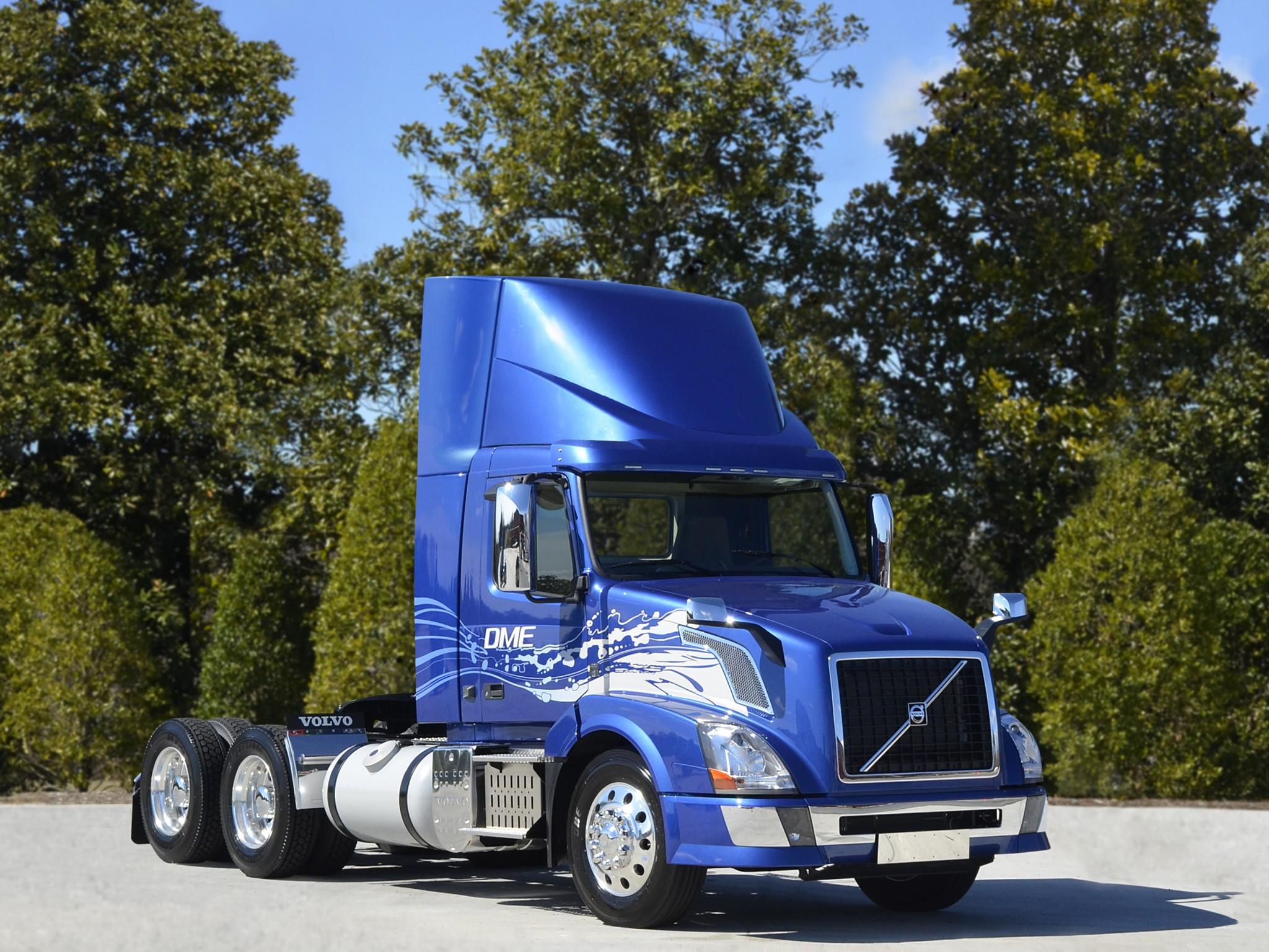 2013 volvo vnl 300 dme semi tractor rig rigs truck transport wallpaper 2048x1536 116347 - Volvo vnl wallpaper ...