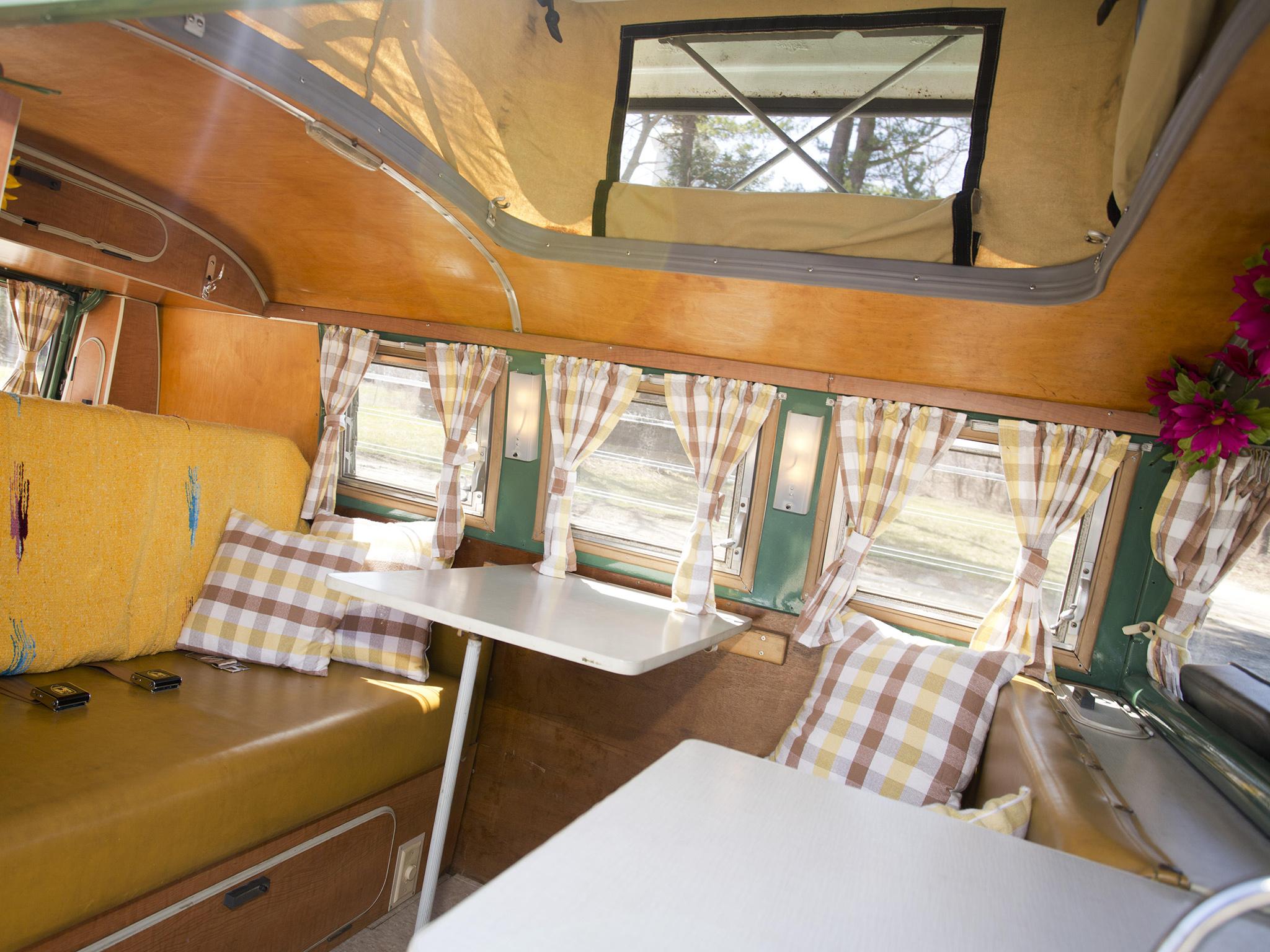Volkswagen type 2 westfalia deluxe camper van classic for Interior westfalia