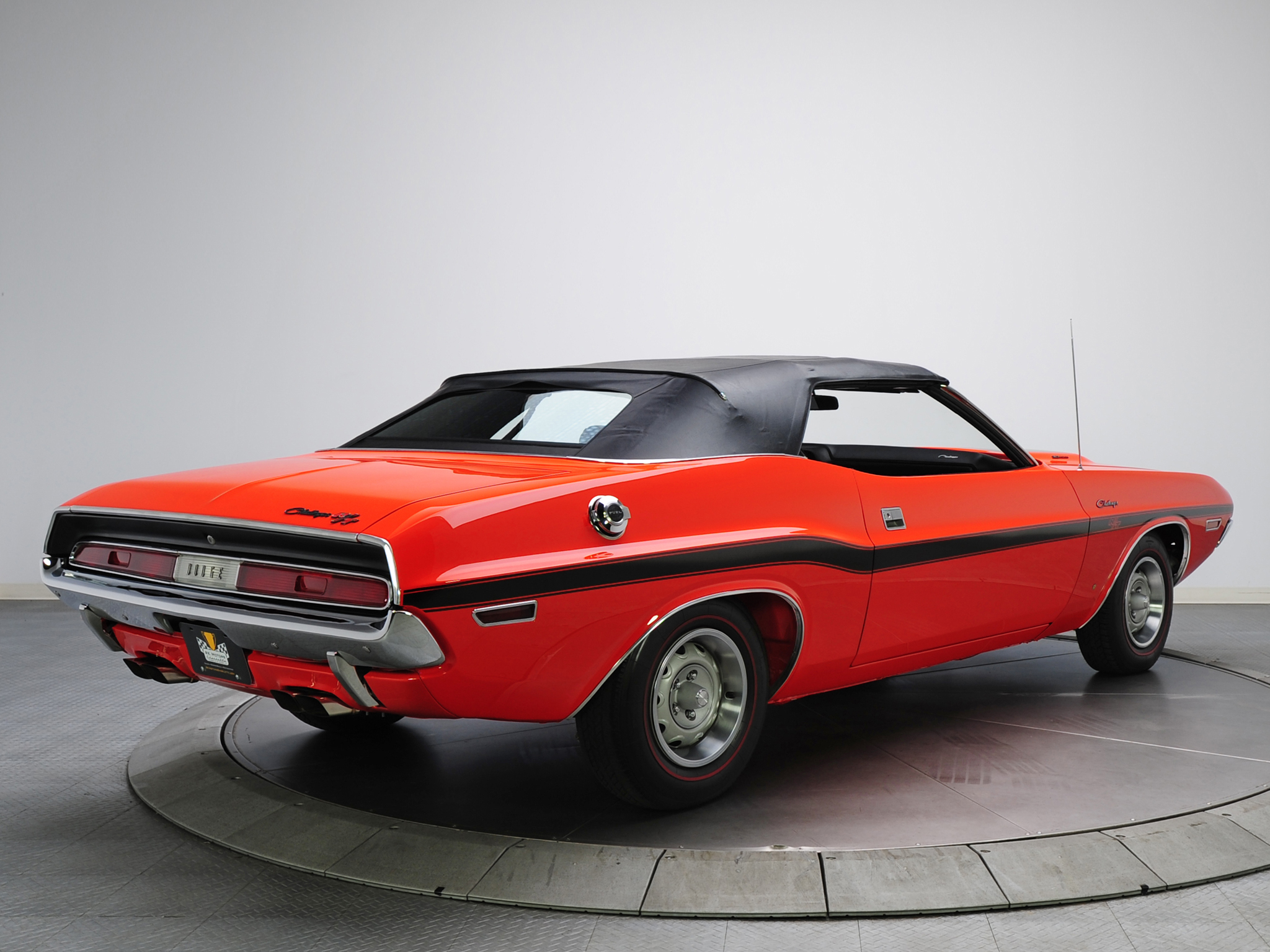 Charger Vs Challenger >> 1970 Dodge Challenger R-T 383 Magnum Convertible muscle classic wallpaper | 2048x1536 | 116965 ...