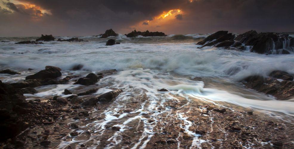 Gulf Haybruk rocks storm bay sea wallpaper