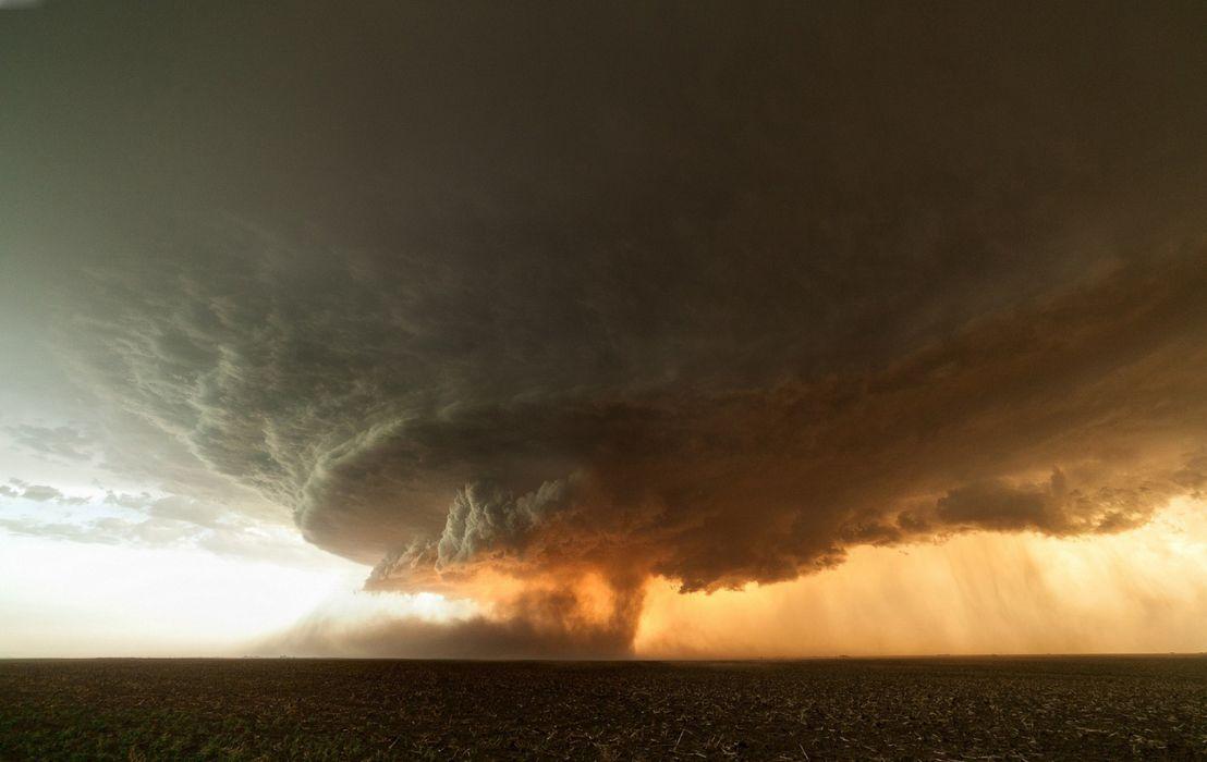 storm cloud tornadoe sunset rain wallpaper