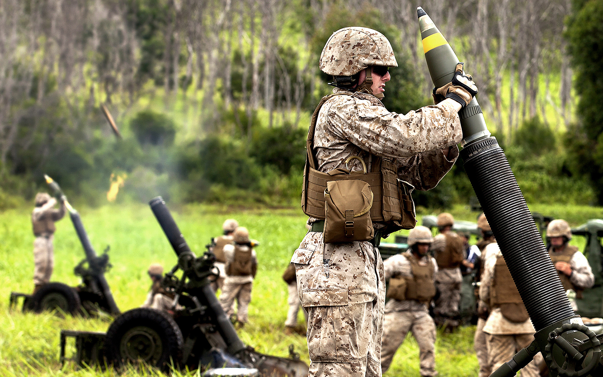 Military Mortar Sizes : Soldier mortar military weapon weapons wallpaper