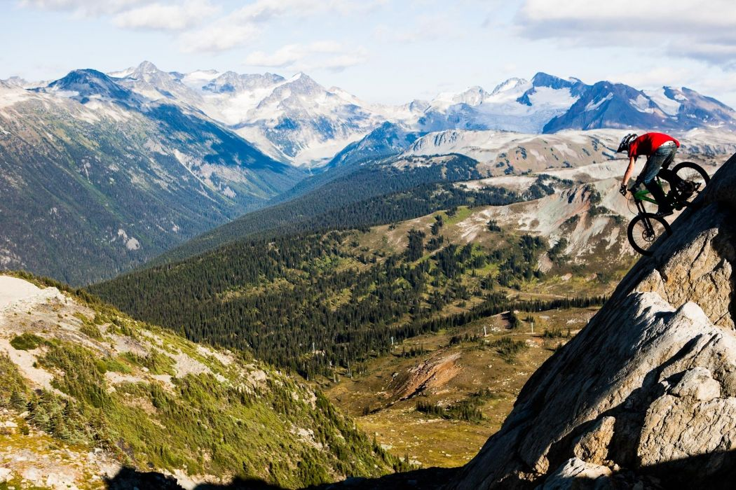 descent bike mountain mountain forest wallpaper